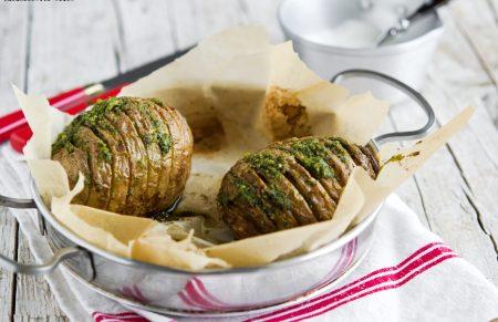Patate hasselback con Pesto alla Genovese Barilla